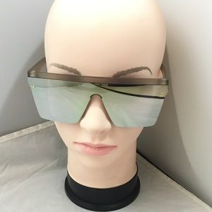 Quay Australia Hindsight Oversized Sunglasses